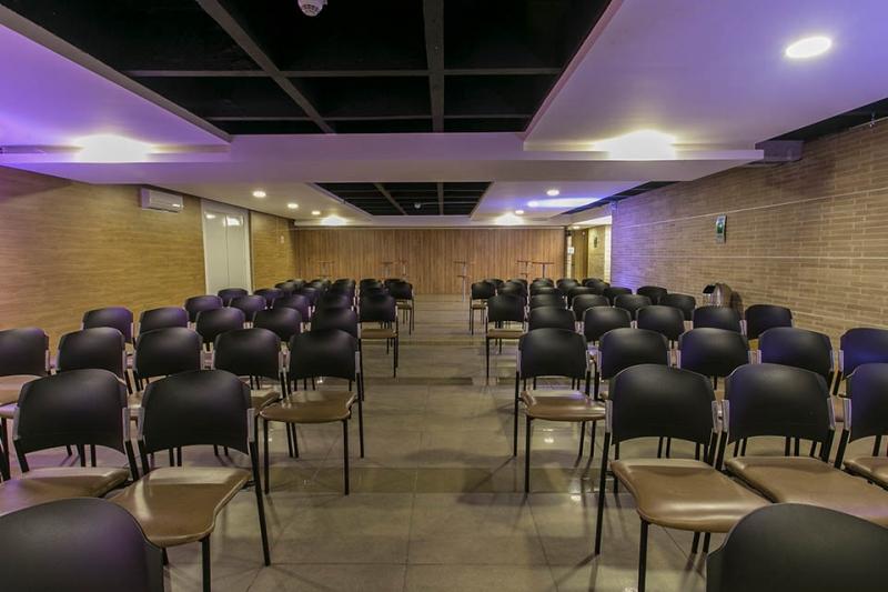 hall-1-auditorio-capacidad-120-01