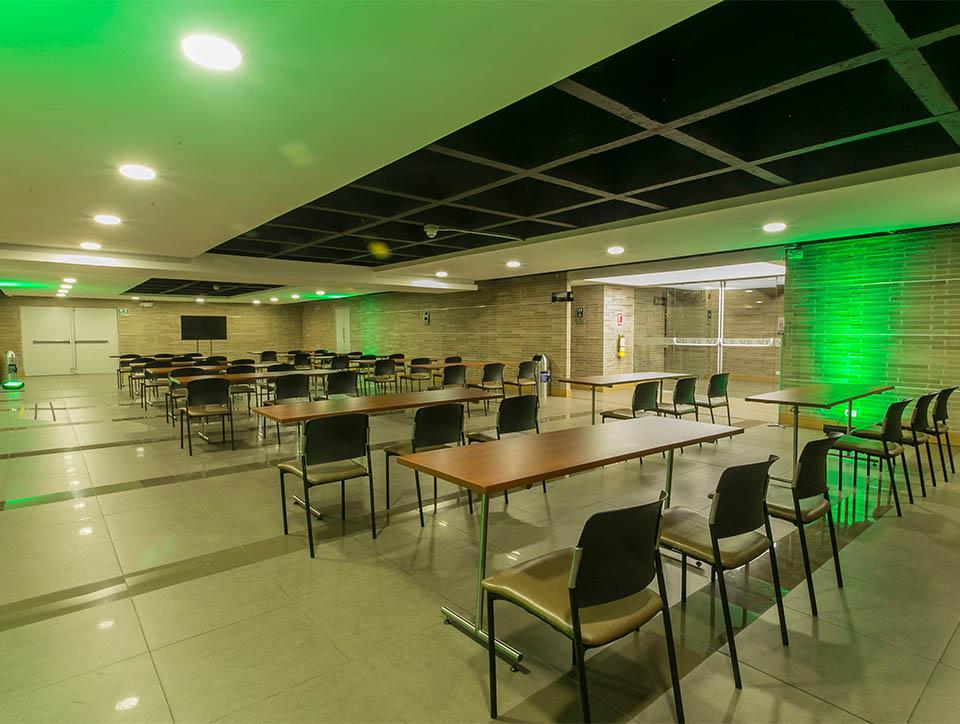 hall-3-escuela-capacidad-70-02