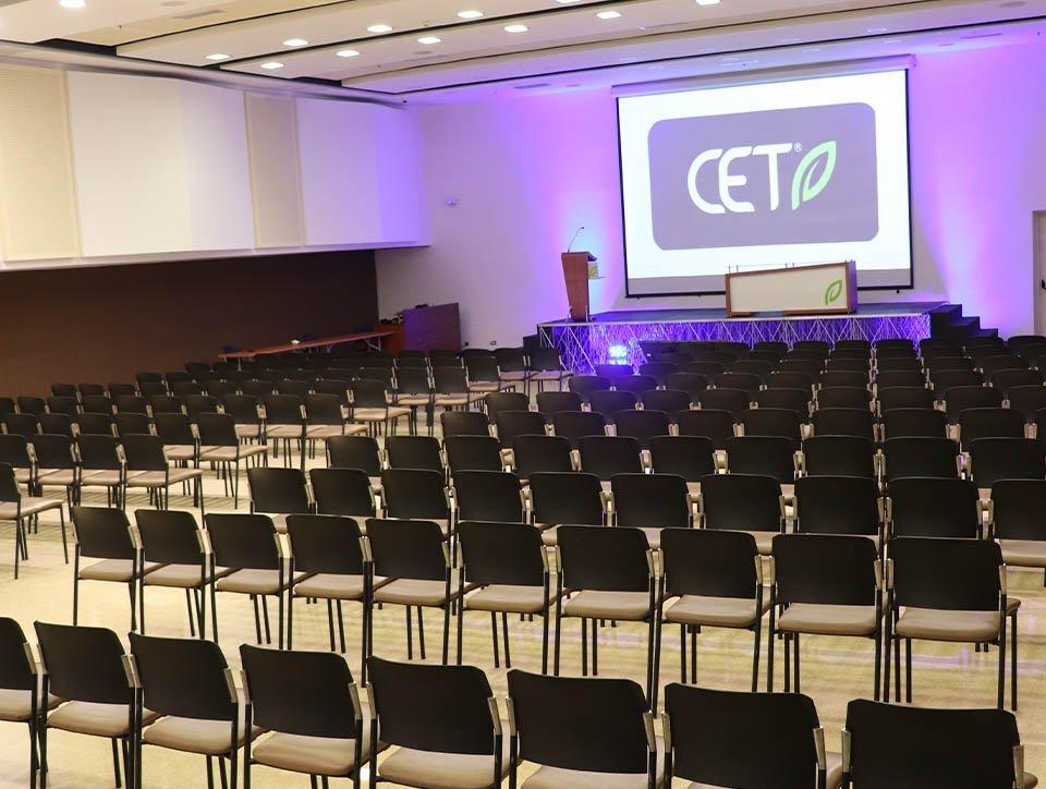 salon-1-auditorio-capacidad-400-01