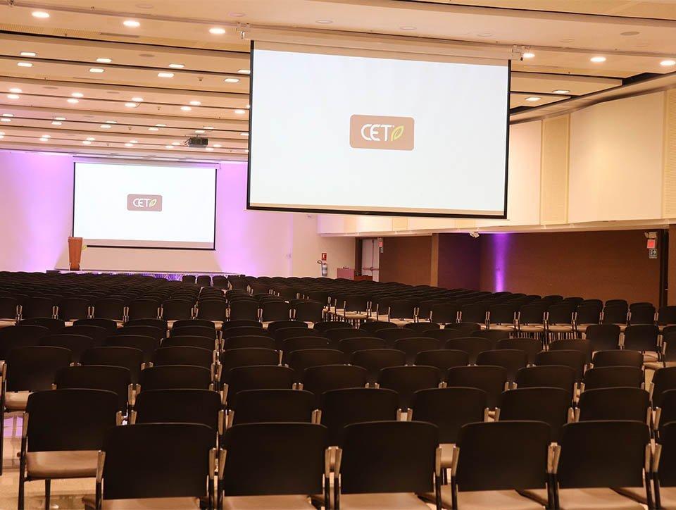 salon-2y3-auditorio-capacidad-750-01