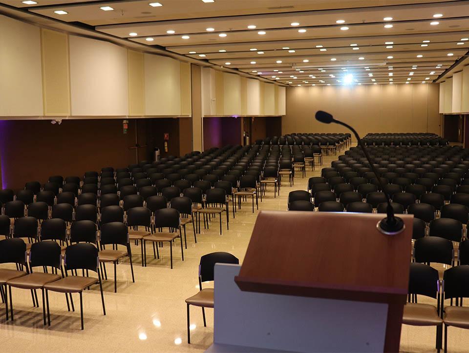 salon-2y3-auditorio-capacidad-750-03