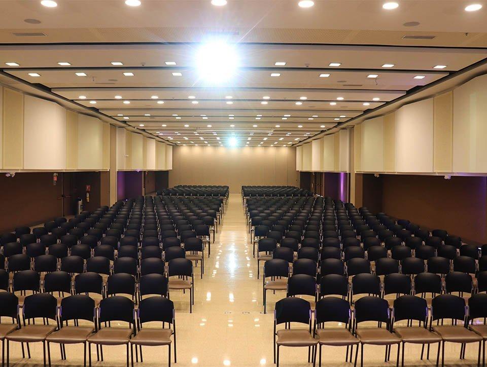 salon-2y3-auditorio-capacidad-750-04