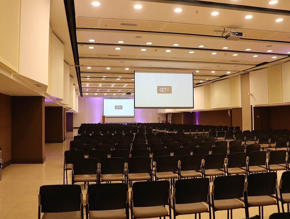 salon-2y3-auditorio-capacidad-750-05