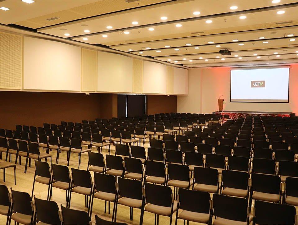 salon-3-auditorio-capacidad-500-01