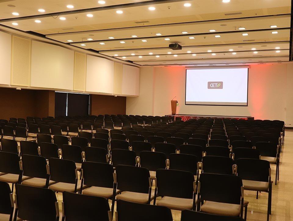 salon-3-auditorio-capacidad-500px-01
