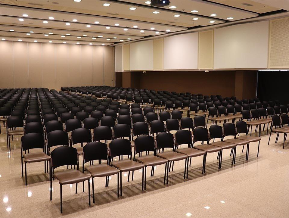 salon-3-auditorio-capacidad-500px-02