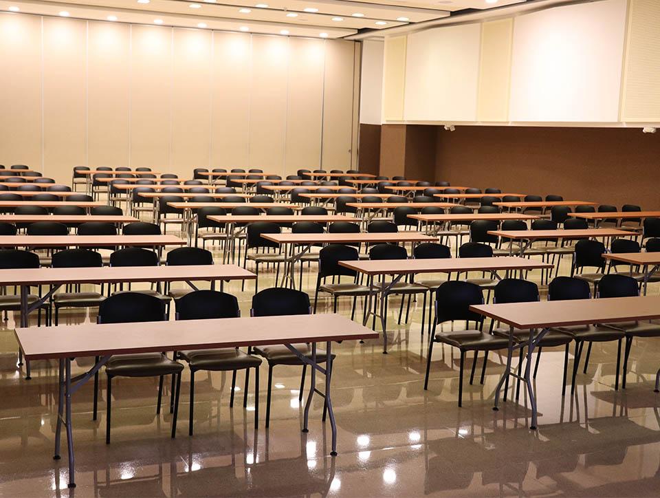salon-3-escuela-capacidad-210-03