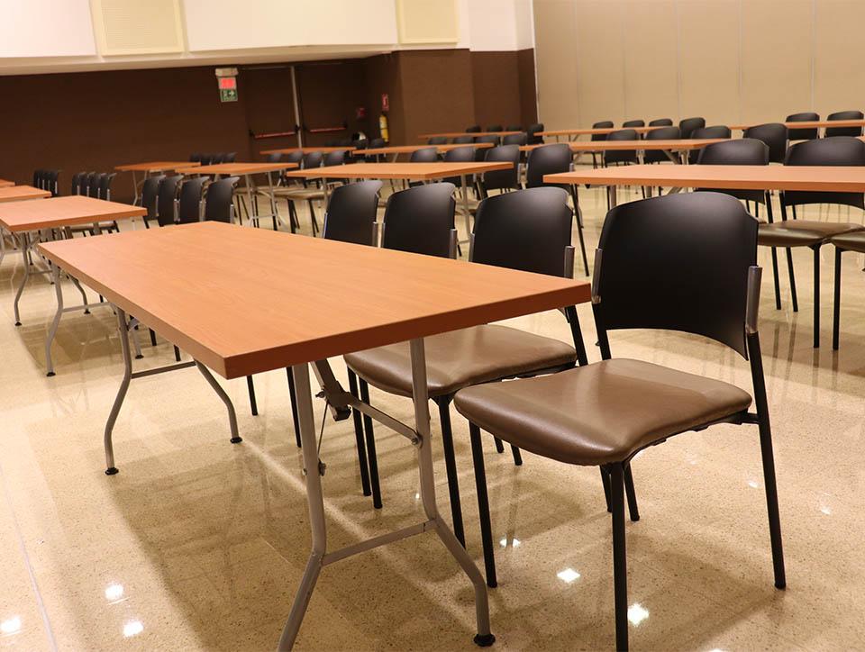 salon-3-escuela-capacidad-210-06