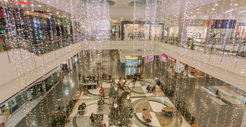 bosque-ilusion-plaza-luces-galeria-navidad-el-tesoro-03