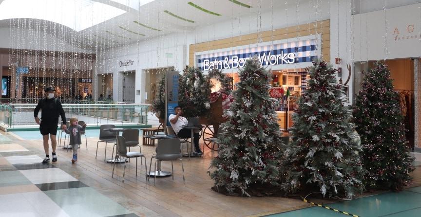 corredor-norte-galeria-navidad-el-tesoro-01