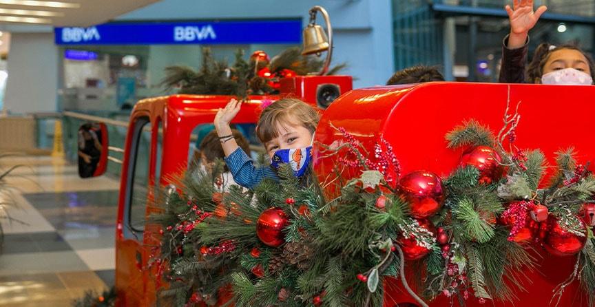 estacion-tren-galeria-navidad-el-tesoro-03