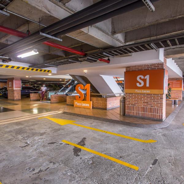 0621-servicio-parqueadero-el-tesoro-sotano-centro-plaza-luces