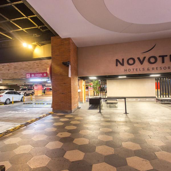 0621-servicio-parqueadero-el-tesoro-sotano-norte-plaza-cines-ingreso-novotel-02